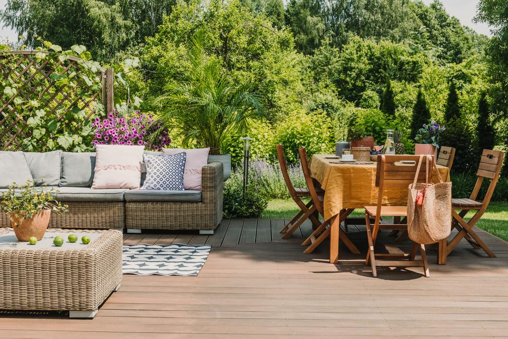 Des conseils pour bien aménager son patio extérieur